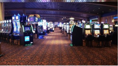 kewadin-st-ignace-casino-floor-28HujU3BDb4nE1zZ.png